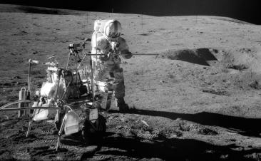 A Goodyear estuda os pneus no espaço este verão