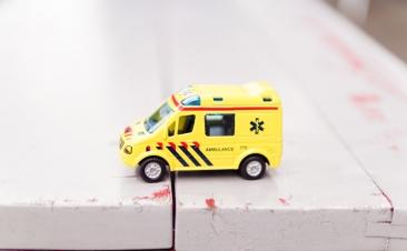 Como atuar quando se cruzar com os serviços de emergência