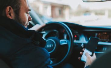 Estas são as principais distrações ao volante