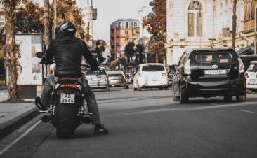 Cinco ações que perjudicam motociclos e que deve evitar